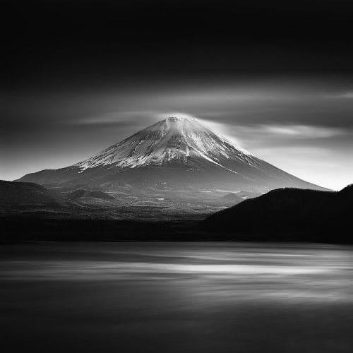Священная гора Фудзияма